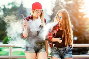 girls vaping